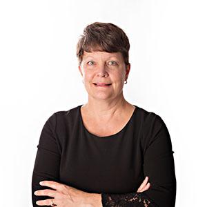 staff-photos_0005_Heidi_2.jpg